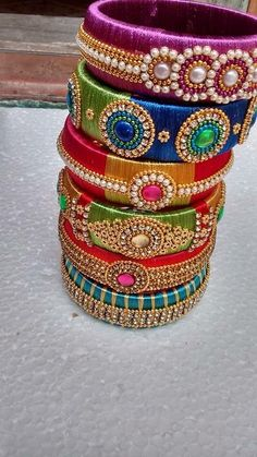 Silk Thread Bangles Design, Silk Bangles, Silk Thread Earrings, Bridal Bangles, Thread Jewellery, Jewellery Designs, Beaded Necklace Patterns, Jewelry Patterns, Saree Tassels Designs