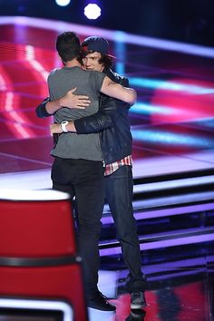Adam and Samuel Mouton hug! #TeamAdam #TheVoice