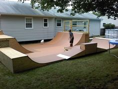 Everyone needs a mini ramp in the backyard :) parents, notice the kid isn't fat! Build these for your children, don't buy video games! The ramp is just big enough to have fun yet small enough where he's not going to get seriously hurt even if he does fall Bmx Ramps, Skateboard Ramps, Skate Ramp, Skate Surf, Backyard Skatepark, Mini Ramp, Longboarding, Bauhaus, Future House