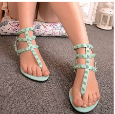 Buy Women Sandals Designer Rivet Flat Sandals Causal Sandals Summer Shoes for Women at Wish - Shopping Made Fun Sexy Sandals, Gladiator Sandals, Shoes Sandals, Fancy Shoes, Flat Shoes, Toe Polish, Shoe Image, Soft Feet, Feet Soles