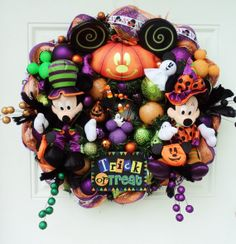 Mickey and Minnie Mouse Halloween Wreath by SparkleForYourCastle