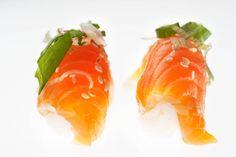 Vin til sushi Sashimi, Stuffed Peppers, Vegetables, Drinks, Ethnic Recipes, Food, Wine, Drinking, Meal