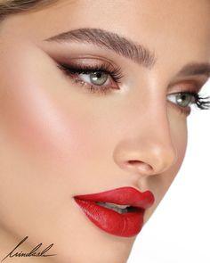 Laura Mercier Lovely Natural Eye Shadow with Red Lip, Look by Using Laura Mercier Products Soft Eye Makeup, No Eyeliner Makeup, Makeup For Brown Eyes, Glam Makeup, Party Makeup, Simple Makeup, Natural Makeup, Colorful Makeup, Diy Makeup
