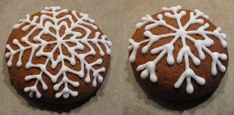 Perníčky – tipy, triky, inspirace | brydova.cz Cookies, Desserts, Food, Crack Crackers, Tailgate Desserts, Deserts, Biscuits, Essen, Postres