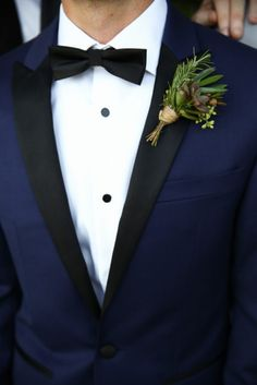 Navy blue and black blazer! See more on 7C: http://www.7centerpieces.com/draft-hill-country-wedding-by-hydepark-photography | Photo ~ Hyde Park Photography