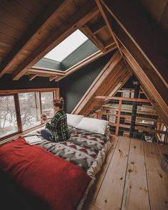 49 Stylish Loft Bedroom Design Ideas is part of A frame house - Do you want to extend the living capacity of your home, then why not convert your loft space into a […] A Frame Cabin, A Frame House, Future House, Ravens Home, Bedroom Loft, A Frame Bedroom, Attic Bedrooms, Loft Room, Cabin Bedrooms