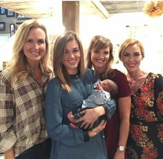 Sadie meets new adopted cousin by Jep and Jessica Duck Dynasty Sadie, Duck Dynasty Family, Robertson Family, Sadie Robertson, Jep And Jessica, Role Model Quotes, Miss Kays, You Don't Know Jack, Vampire Diaries Memes