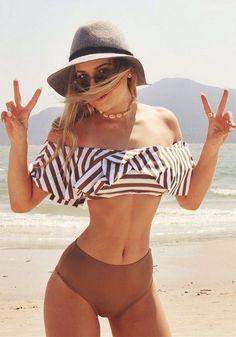 Bikini Babes - Sexy Girls in Beachwear Bikini Babes, Bikini Modells, Bikini Girls, Girls In Bikinis, Daily Bikini, Sexy Bikini, Summer Bathing Suits, Cute Bathing Suits, Boho Fashion Summer