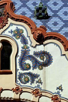 Zsolnay tiles, Budapest Gellért fürdő