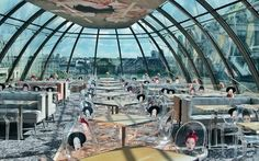 Париж: Меню японского ресторана KONG (который, дадада, фигурирует в Sex and the City) в сочетании со стеклянной крышей-куполом выглядит просто отлично на фоне среднего чека из того же Peninsula.