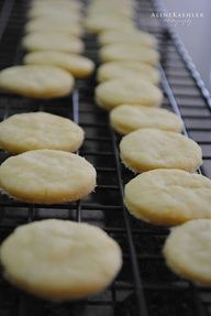 Sugar-Free Sugar Cookies! Awesome!! #sugar_free #sugar_cookies    1/4 cup butter, softened  3 packs of stevia (1.8g) OR 3/4 cup sucralose  1 egg  1 t vanilla extract  1 cup flour  1/4 t baking powder  1/8 t salt  1 t milk