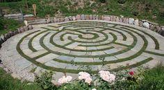 Der Labyrinthgarten Kränzel in Tscherms bei Meran, Südtirol