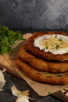 Lángos krumplipüréből - Végre eszünk Salmon Burgers, Keto, Ethnic Recipes, Food, Essen, Meals, Yemek, Eten