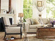 Love the lamp, vase, coffee table,mantle