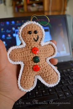 Crochet Amigurumi Patterns [Free Pattern] This Fantastic Gingerbread Man Is Terribly Cute! - Knit And Crochet Daily - This gingerbread man can be used as an ornament or fridgie, or add a few to a wreath! Crochet Christmas Decorations, Crochet Ornaments, Christmas Crochet Patterns, Holiday Crochet, Crochet Crafts, Crochet Projects, Free Crochet, Crochet Snowflakes, Crochet Afghans