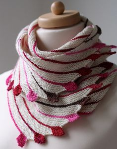 a stunning knitting project -- pattern and info here: http://www.ravelry.com/projects/Maltina/leftie