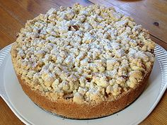 Apfel – Streuselkuchen mit Pudding Apple crumble cake with pudding, a delicious recipe from the category of cakes. Pudding Desserts, Pudding Cake, Apple Crumble Cake, Apple Cake, Crumble Recipe, German Baking, Fall Desserts, Food Cakes, Yummy Cakes