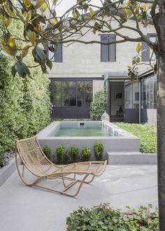 It's always good to have a whole pool. Based on the size and form of your backyard, you can choose where the pool should go and how it ought to be shaped. Every pool needs to be cleaned. Small Swimming Pools, Small Backyard Pools, Small Pools, Swimming Pool Designs, Lap Pools, Indoor Pools, Indoor Outdoor, Raised Pools, Small Outdoor Spaces