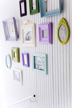 decorating with colorful frames (via Kotivinkki)