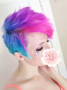 Fun coloured pixie cut. I love this!!