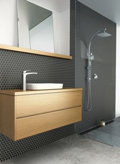 bathroom ideas Penny round tiles, feature tiles, black tiles The Right Type Of Lamp For Your Room It Penny Round Tiles, Penny Tile, Bathroom Renos, Bathroom Interior, Bathroom Ideas, Bathroom Taps, Bathroom Designs, Black Tile Bathrooms, Modern Bathrooms