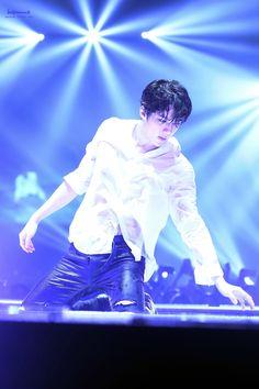 EXO'luXion 150817 : Baby Don't Cry - Sehun