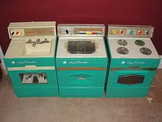Suzy Homemaker washer & dryer set