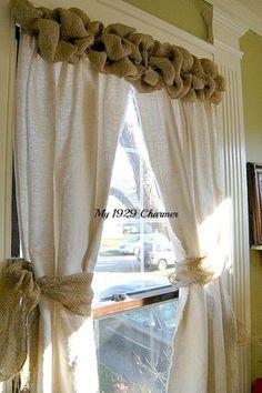 Burlap Wreath Trimmed Drop Cloth Curtains! - My 1929 Charmer Decorațiuni Interioare