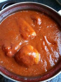 Töltött paprika paradicsommártásban lisztmentesen Egg Curry, Thai Red Curry, Food And Drink, Favorite Recipes, Ethnic Recipes, Finger, Hungarian Recipes, Chef Recipes, Kochen