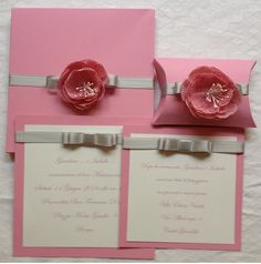 partecipazione matrimonio rosa con fiore juta e nastrino grigio perlato