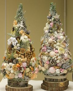 45 Ideas Worth Trying as the Ultimate DIY Christmas Decor - Her Crochet Cone Christmas Trees, Mickey Christmas, Christmas Tree Crafts, Christmas Tablescapes, Christmas Candles, Xmas Ornaments, Christmas Decorations To Make, Rustic Christmas, Christmas Projects