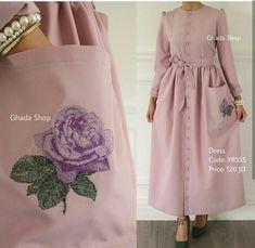 Abaya Fashion, Muslim Fashion, Modest Fashion, Girl Fashion, Fashion Dresses, Womens Fashion, Fashion Design, Hijab Style Dress, Hijab Chic