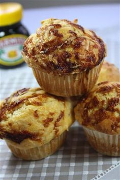 Display on our Marmite Cake Stand 🙂 Cheesy marmite muffins yummy! Display on our Marmite Cake Stand 🙂 Savory Muffins, Cheese Muffins, Savory Snacks, Savoury Recipes, Savoury Tarts, Healthy Muffins, Savoury Cake, Healthy Foods, Appetizer Recipes