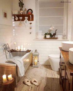 128 quick & simple bathroom makeover using only accessories 4 Cosy Bathroom, Simple Bathroom, Bathroom Styling, Bathroom Interior, Bad Inspiration, Bathroom Inspiration, Bad Styling, House And Home Magazine, Cheap Home Decor