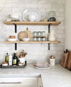 8 Wealthy Clever Hacks: Minimalist Home Vintage Interior Design boho minimalist decor lights.Minimalist Bedroom Interior Decor minimalist home essentials style.Minimalist Home With Kids Apartment Therapy. Rustic Kitchen Decor, Home Decor Kitchen, New Kitchen, Kitchen Ideas, Kitchen Corner, Apartment Kitchen, Kitchen Grey, Country Kitchen, Kitchen Wood