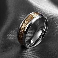 Chic 30+ Amazing Men's Jewelry Rings For Collections https://www.tukuoke.com/30-amazing-mens-jewelry-rings-for-collections-13160