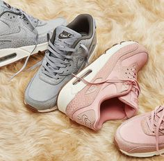 Nike Air Max 90 Wolf Grey and Pink Glaze