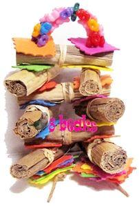 Mini Hot Dog from 8Beaks, $9.95 (Sale $4.95) Budgies, Parrots, Bird Cage Covers, Diy Bird Cage, Mini Hot Dogs, Diy Bird Toys, Parrot Toys, Parakeet, Teddy Bear