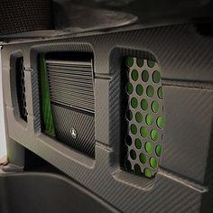 custom amp rack leds carbon fiber vinyl wrap fiberglass router work Custom Car Audio, Custom Cars, Vehicle Audio, Car Audio Installation, Carbon Fiber Vinyl, Jl Audio, Subwoofer Box, Car Sounds, Car Trunk