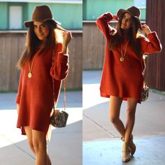 Just the sweater : If you are one of those women who doesn't feel too cold, then take a shot of rum and wear this rocker red look. Winter Trends, Poncho Pullover, Fall Outfits, Fashion Outfits, Red Sweaters, Fashion Pictures, Dress Me Up, Chiffon Dress, Designer Dresses