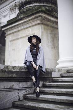 @fashiontweed poncho #madamekukla style: http://www.fashiontweed.com/2015/12/how-to-wrap-madame-kukla.html
