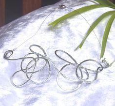 Silver Hammered twist wire necklace Memories are silver great wedding piece OOAK fREE POSTAGE Handmade in Cairns Australia $31.95 Cairns Australia, Wire Necklace, Hammered Silver, I Love Jewelry, Memories, Jewellery, The Originals, Handmade, Wedding