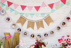 décoration anniversaire pour bébé fille - guirlandes fanions, en toile de jute et en photos
