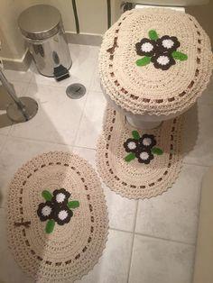 "Bathroom Decor Crochet Set ""Flower"" Toilet seat cover and mats | vintage bathroom decor"