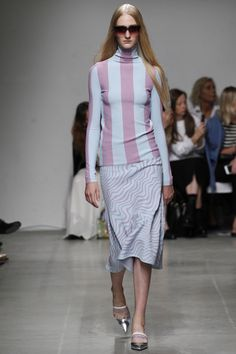 Iceberg Spring 2016 Ready-to-Wear Fashion Show - Charlotte Lindvig