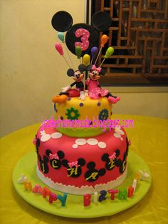Mickey Mouse and Minnie Mouse birthday cake