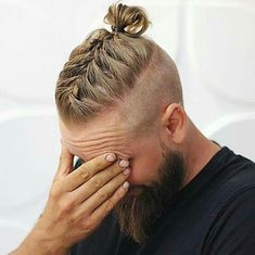 Mens Individual Braids Men's Braids or Braid Hairstyles for Men's ultimate list different braid styles for 2019 that even those with short hair or shaved sides can rock! Medium Hair Styles, Curly Hair Styles, Mens Long Hair Styles, Viking Haircut, Haircut Men, Fade Haircut, Mens Braids Hairstyles, Viking Hairstyles, Black Hairstyles
