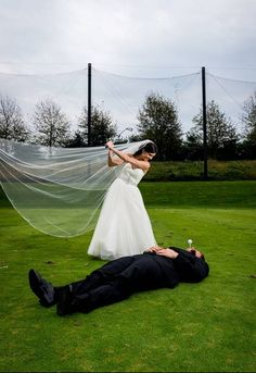 @Jamie Wise Clark Ponder  Gonna need this one! =) golf course wedding pictures