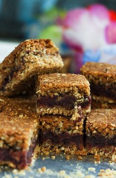 Oatmeal date bars or the date bars is a healthy, tasty and nutritious energy…