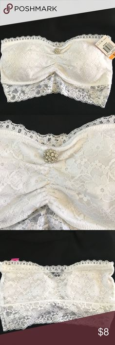 """Bandeau Bling NWT. Pretty lace bra with bling. I2""""x7"""". Intimates & Sleepwear Bandeaus"""